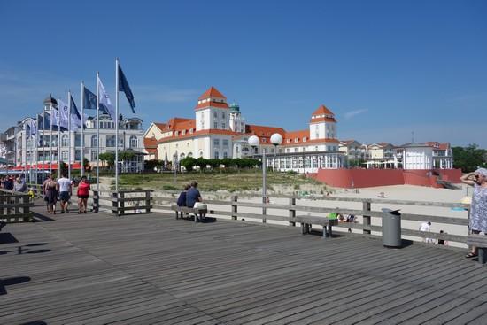 Seebrücke und Kurhaus in Binz: Ideale Filmkulisse